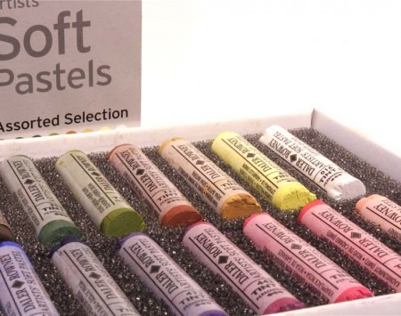 Artists' Soft Pastels Assorted Selection1